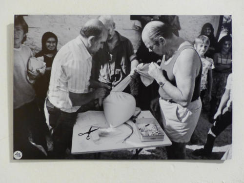 Alfred Roggli beim Samenankauf